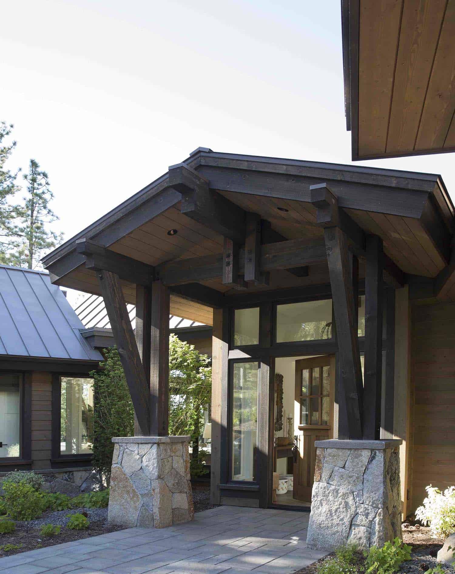 mountain-farmhouse-style-exterior-entry