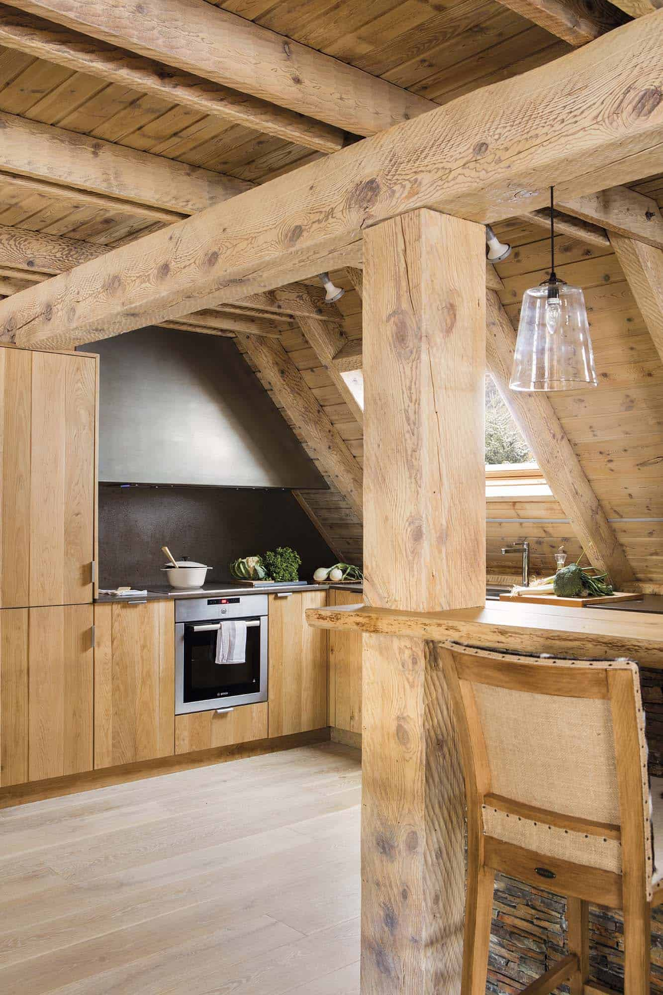rustic-log-cabin-kitchen