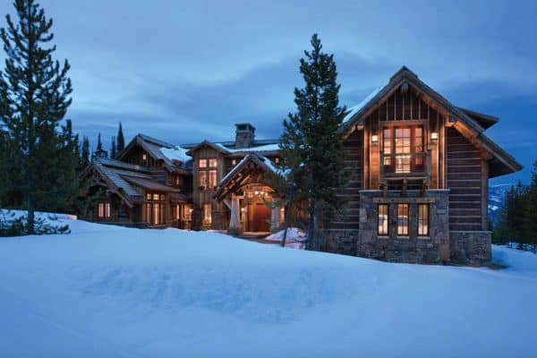 featured posts image for Rustic mountain lodge offers ski-in / ski-out in Montana's Spanish Peaks