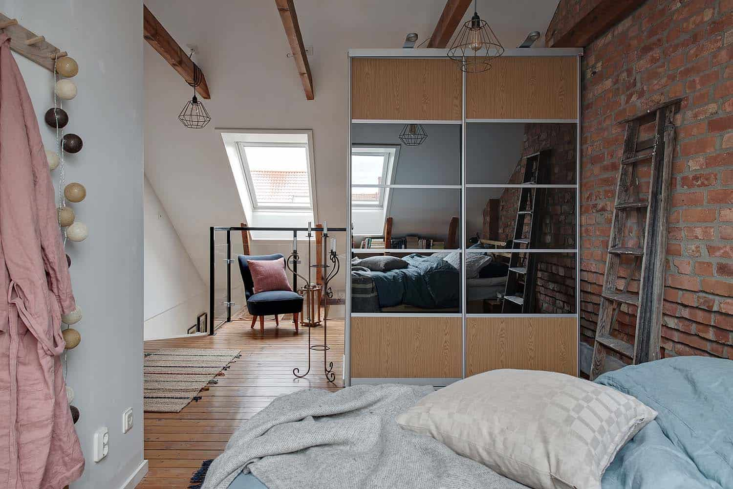 small-apartment-interior-scandinavian-bedroom