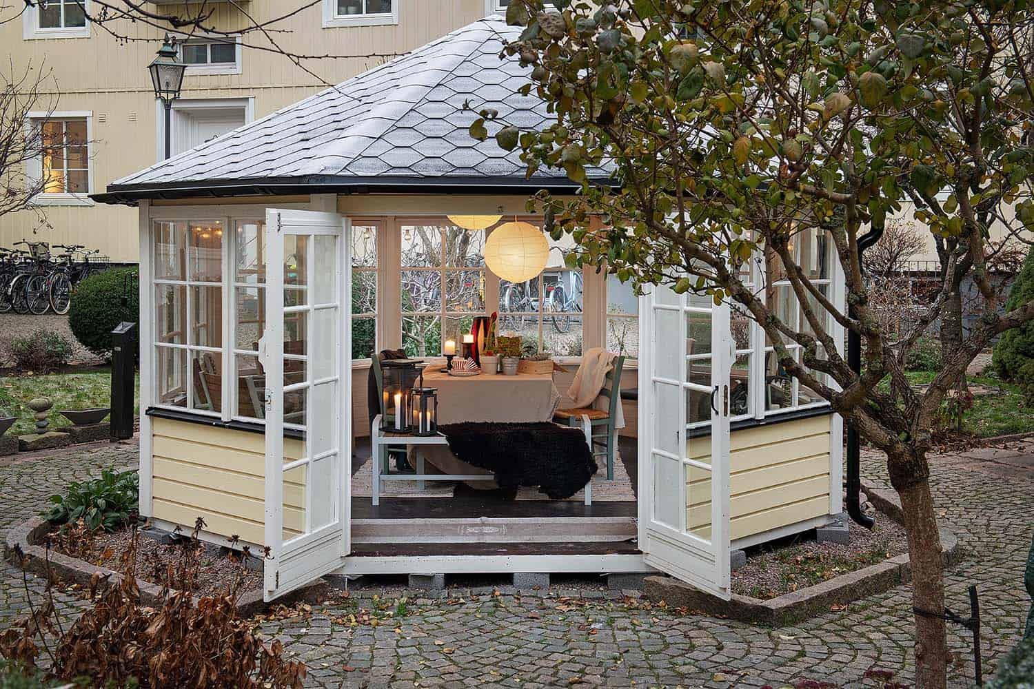 scandinavian-apartment-building-landscape-gazebo