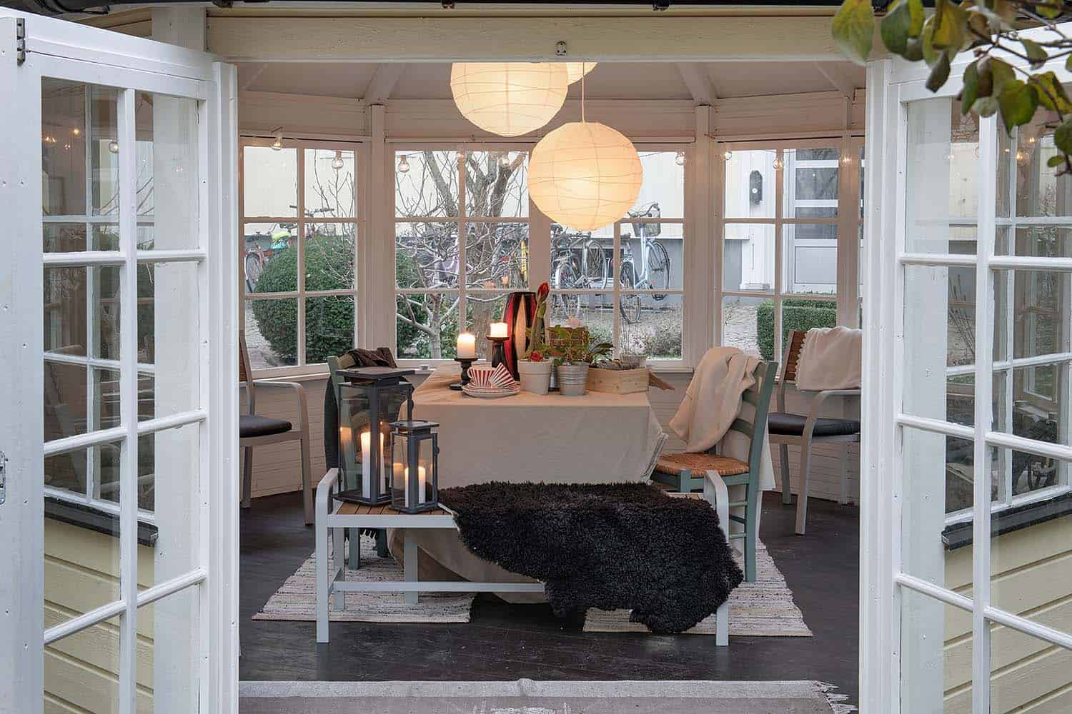 scandinavian-apartment-building-landscape-gazebo-interior
