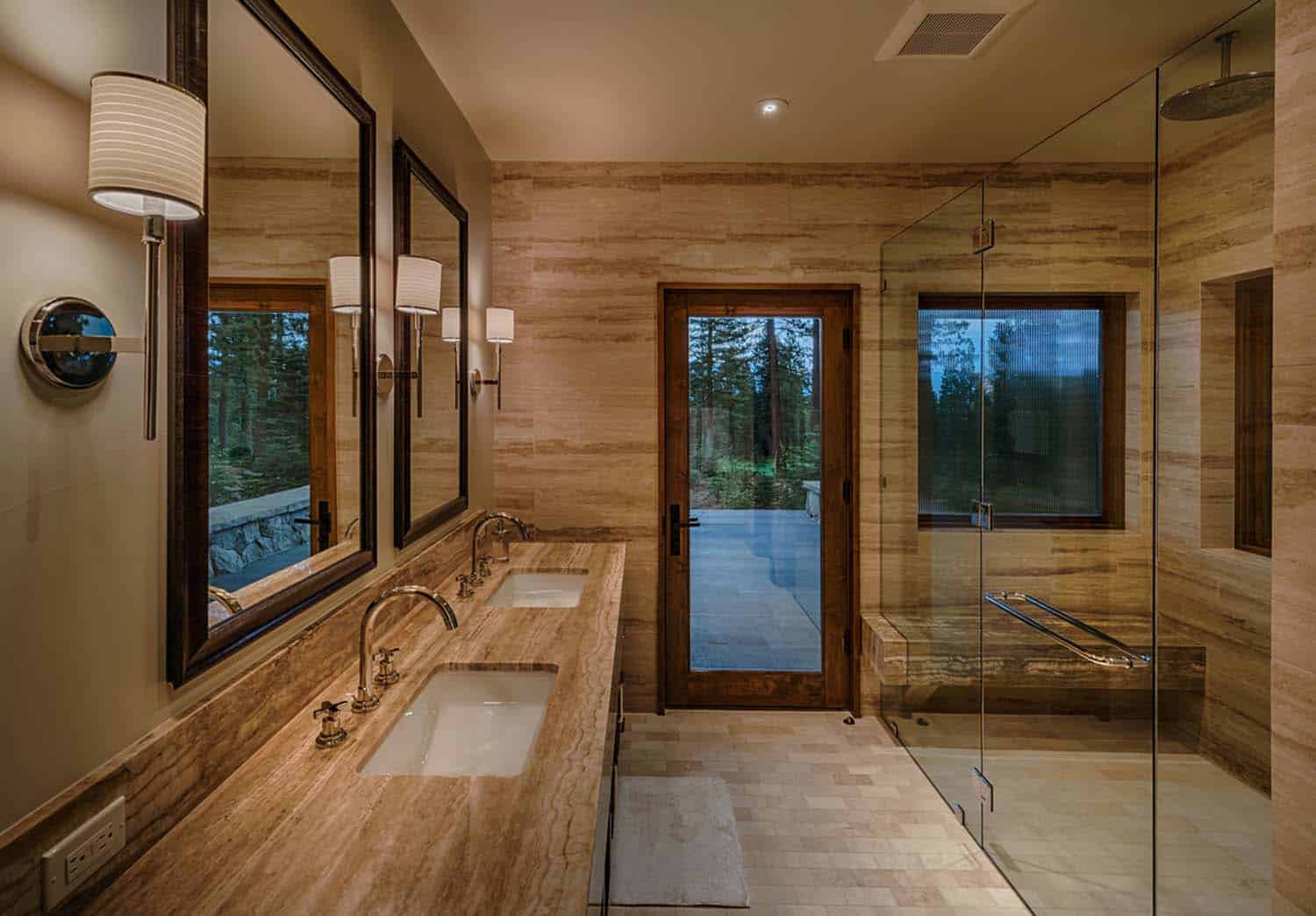 transitional-style-mountain-home-bathroom
