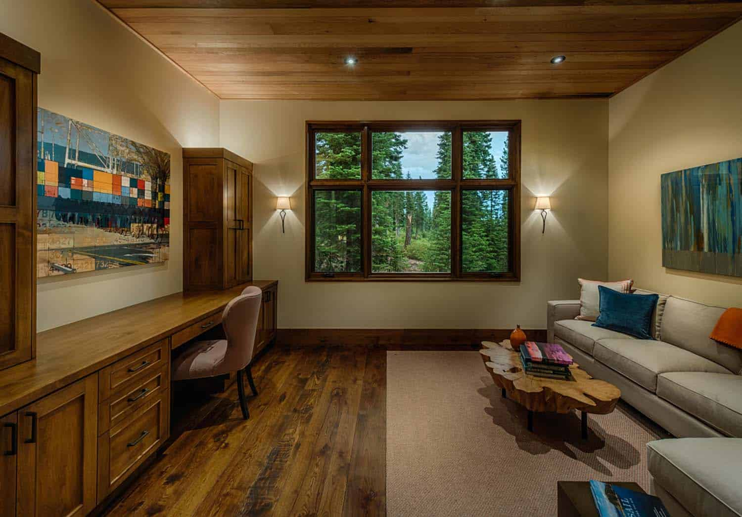 transitional-style-mountain-home-family-room