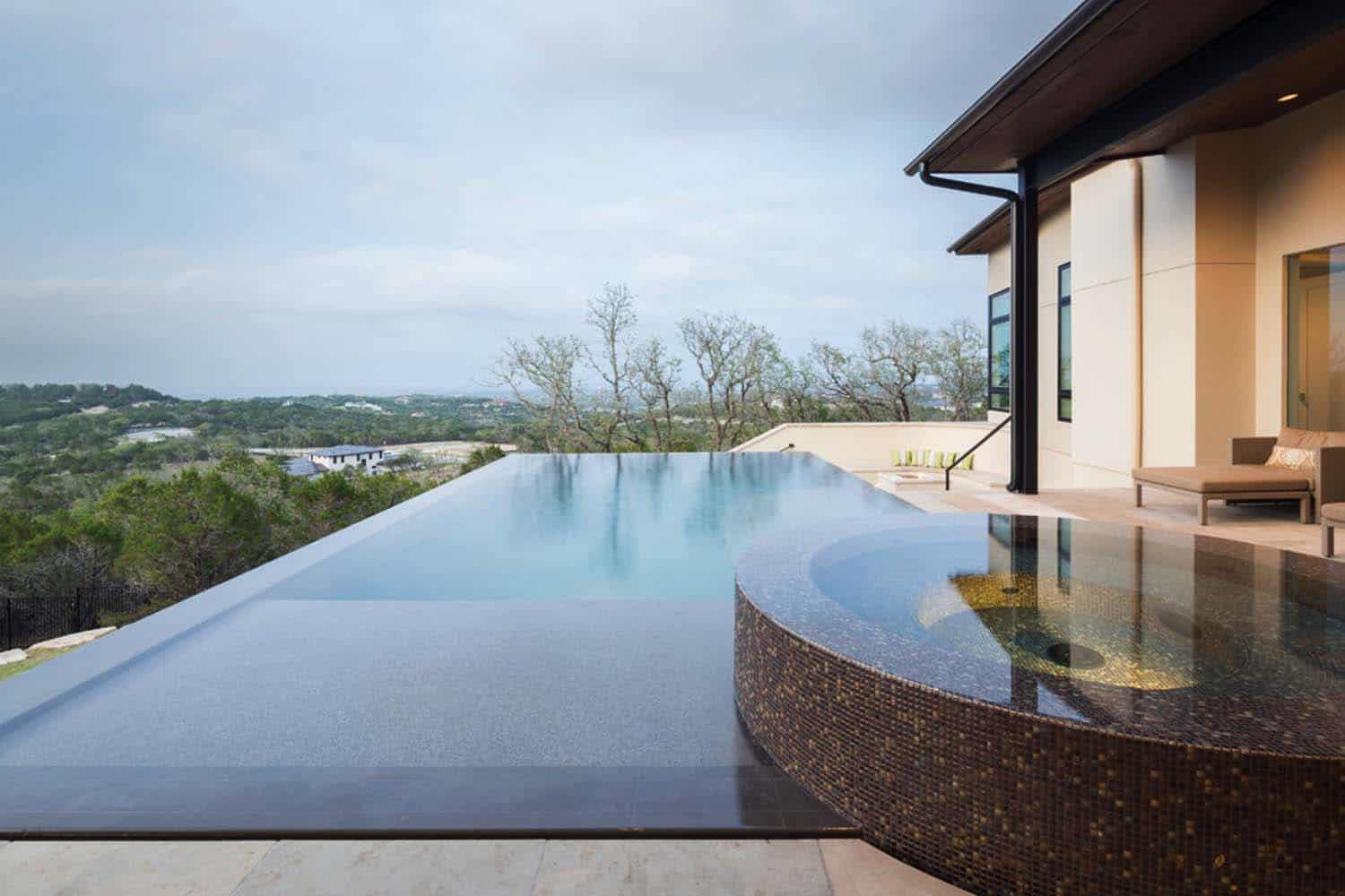 contemporary-hilltop-home-pool