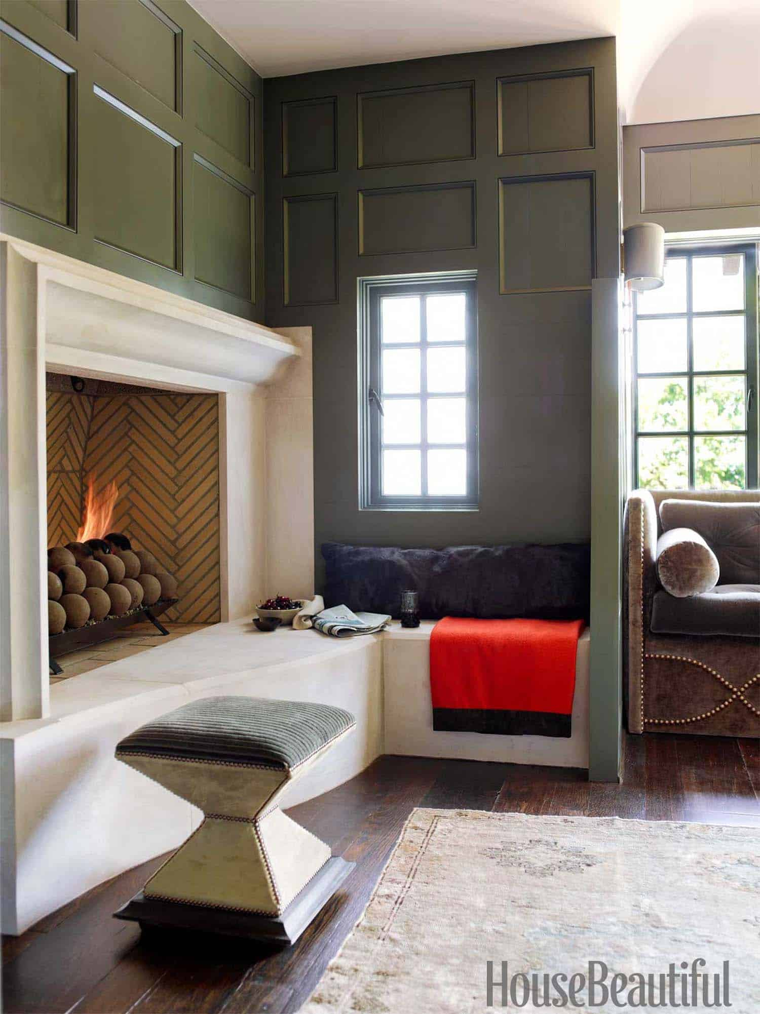 fireplace-reading-nook-study
