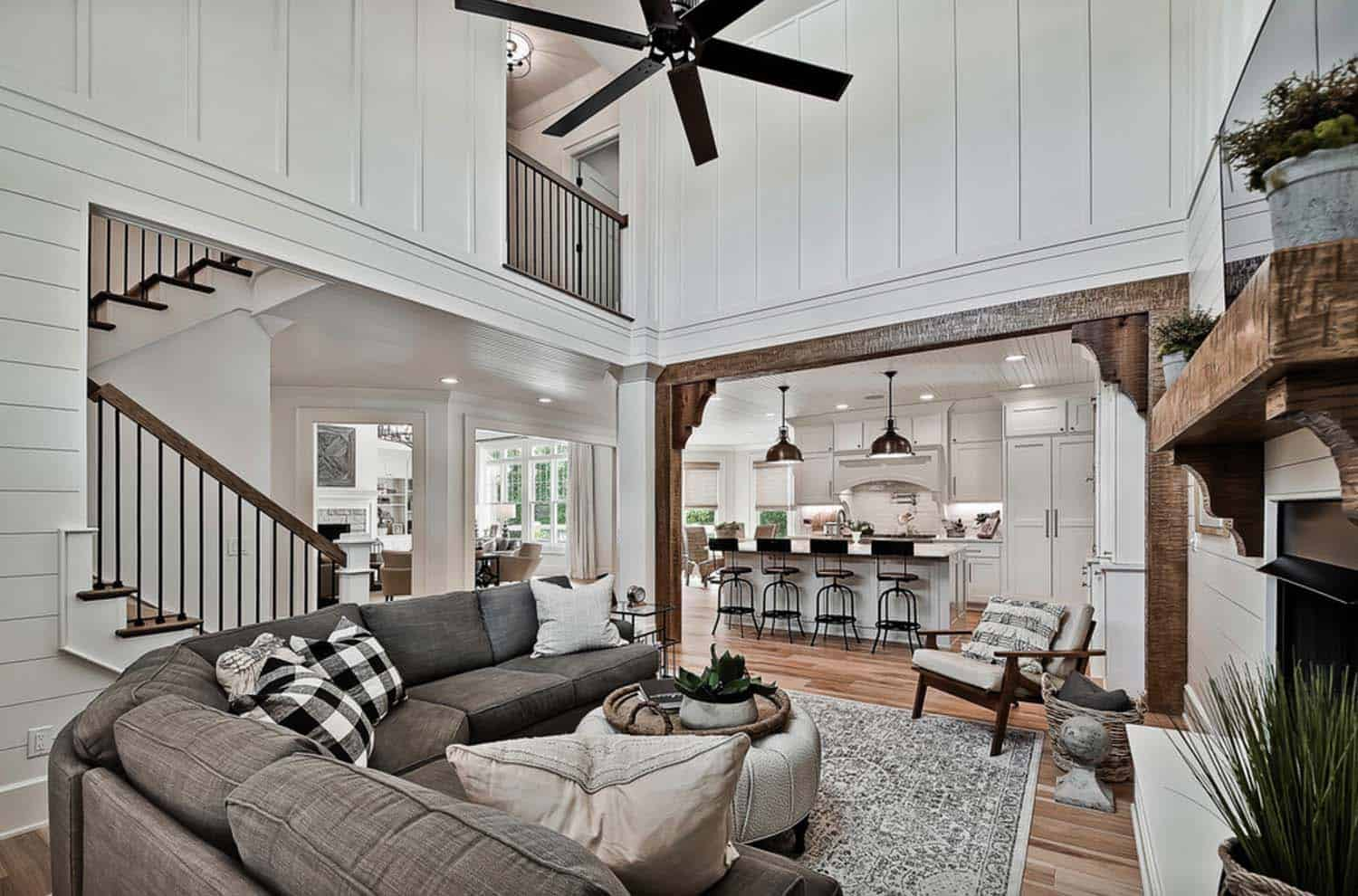 craftsman-family-room