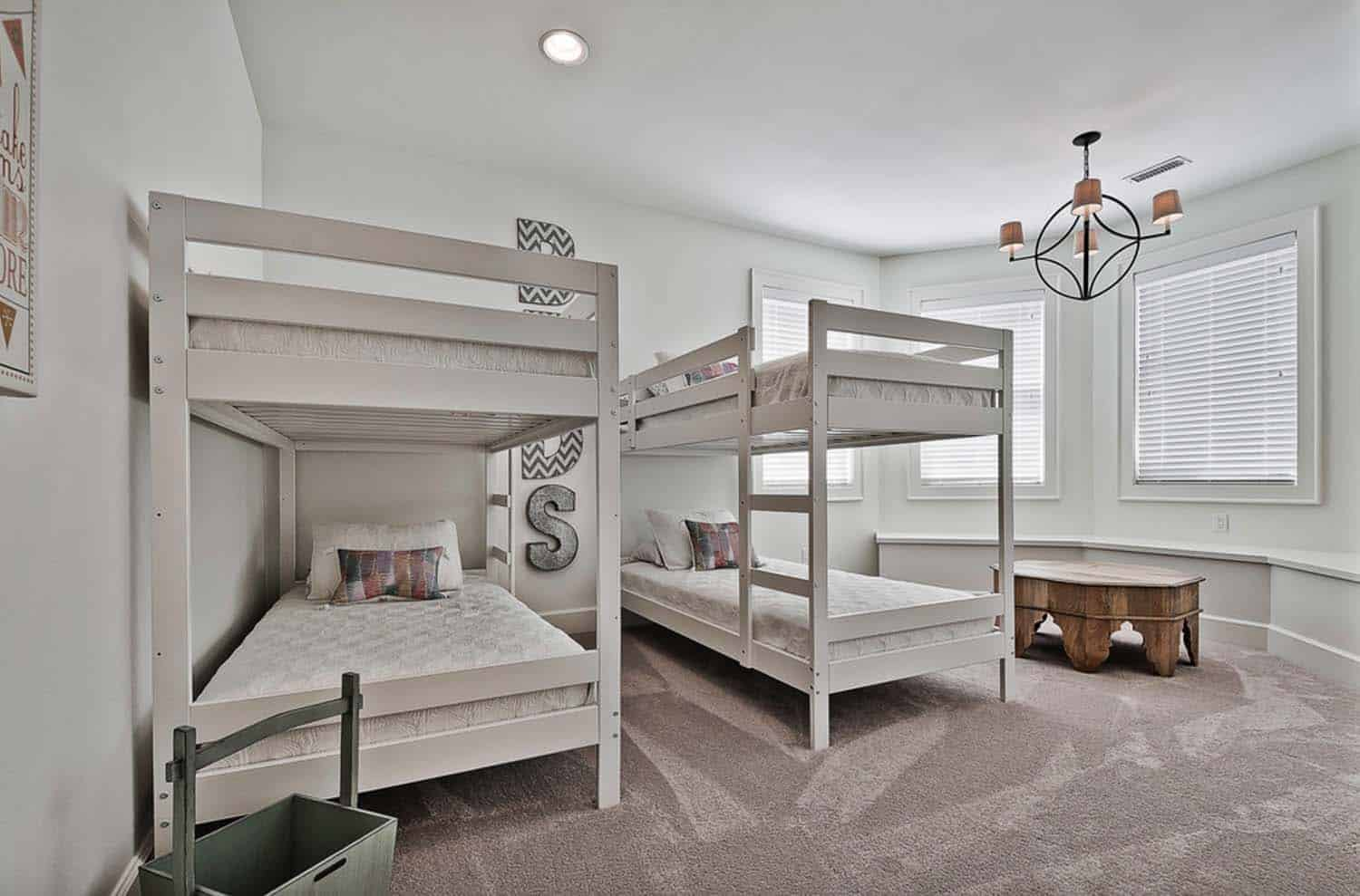 craftsman-kids-bunk-room