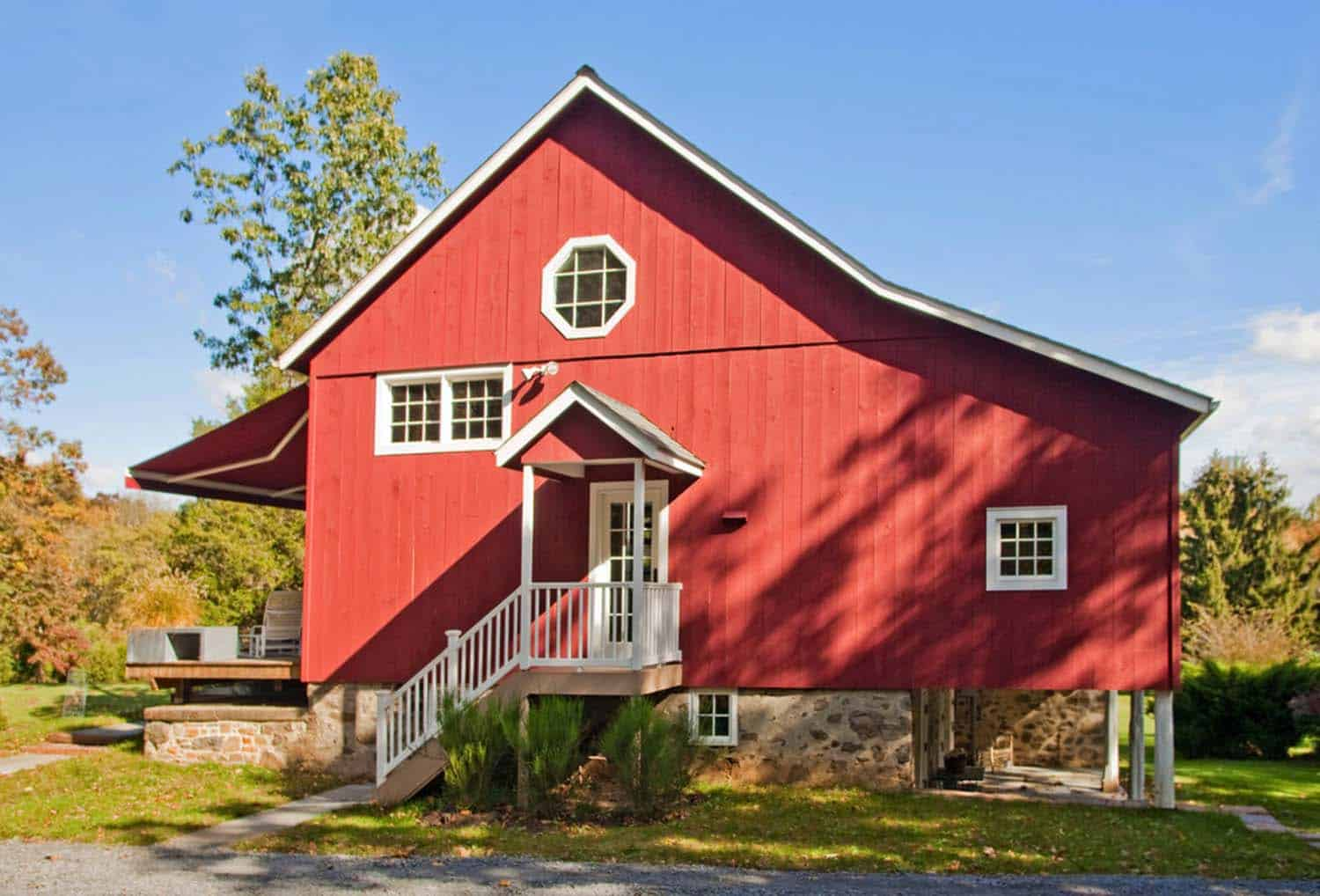 remodeled-barn-exterior