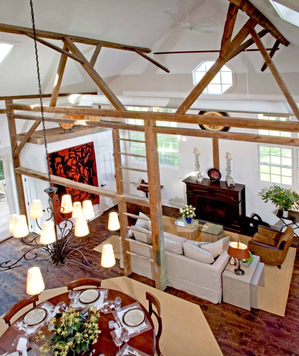 remodeled-barn-overall-view-of-the-dining-and-living-room