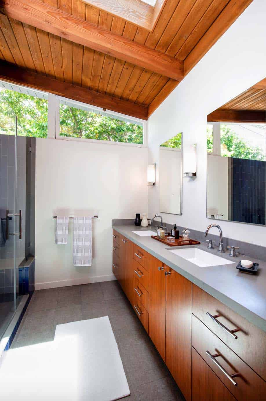midcentury-modern-home-bathroom