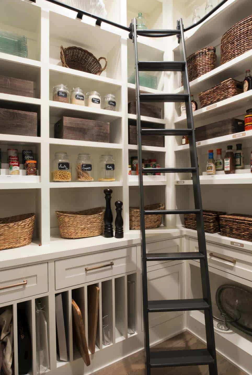 transitional-pantry