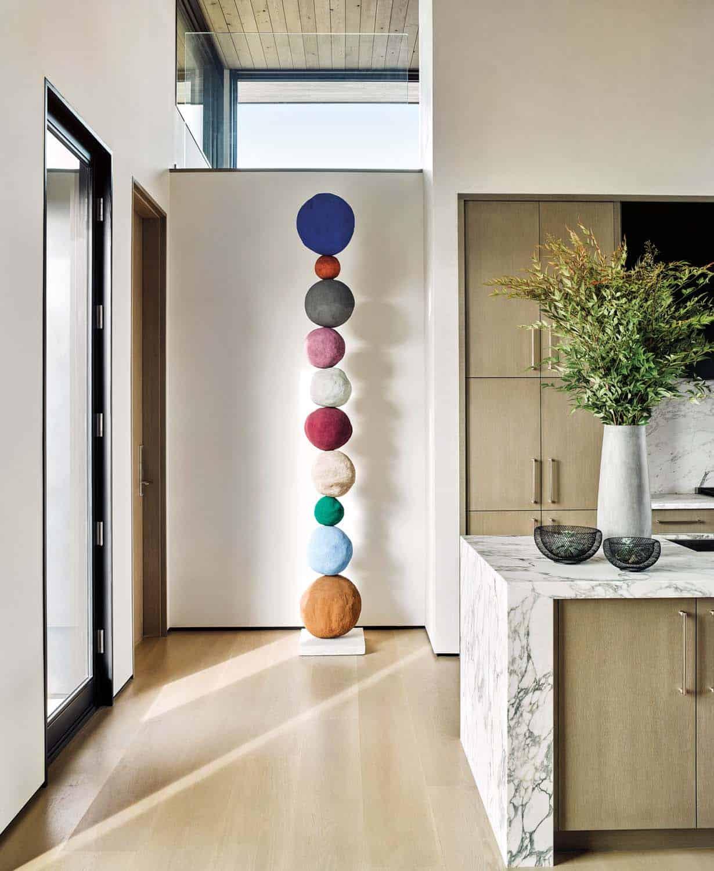 modern-mountain-home-kitchen