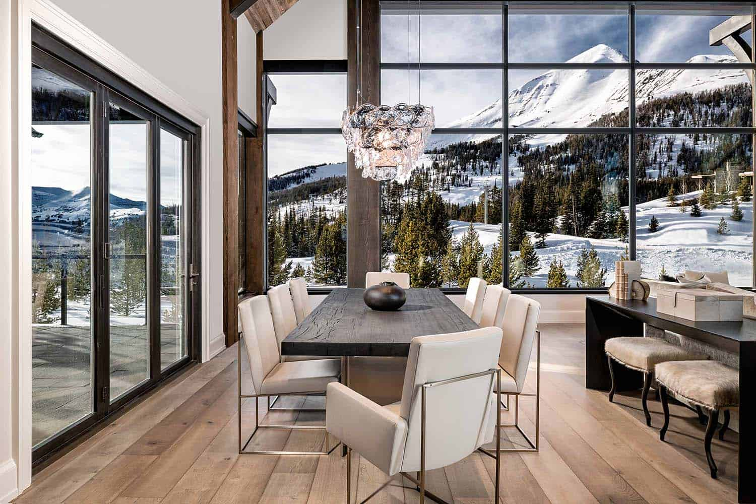 mountain-modern-home-dining-room