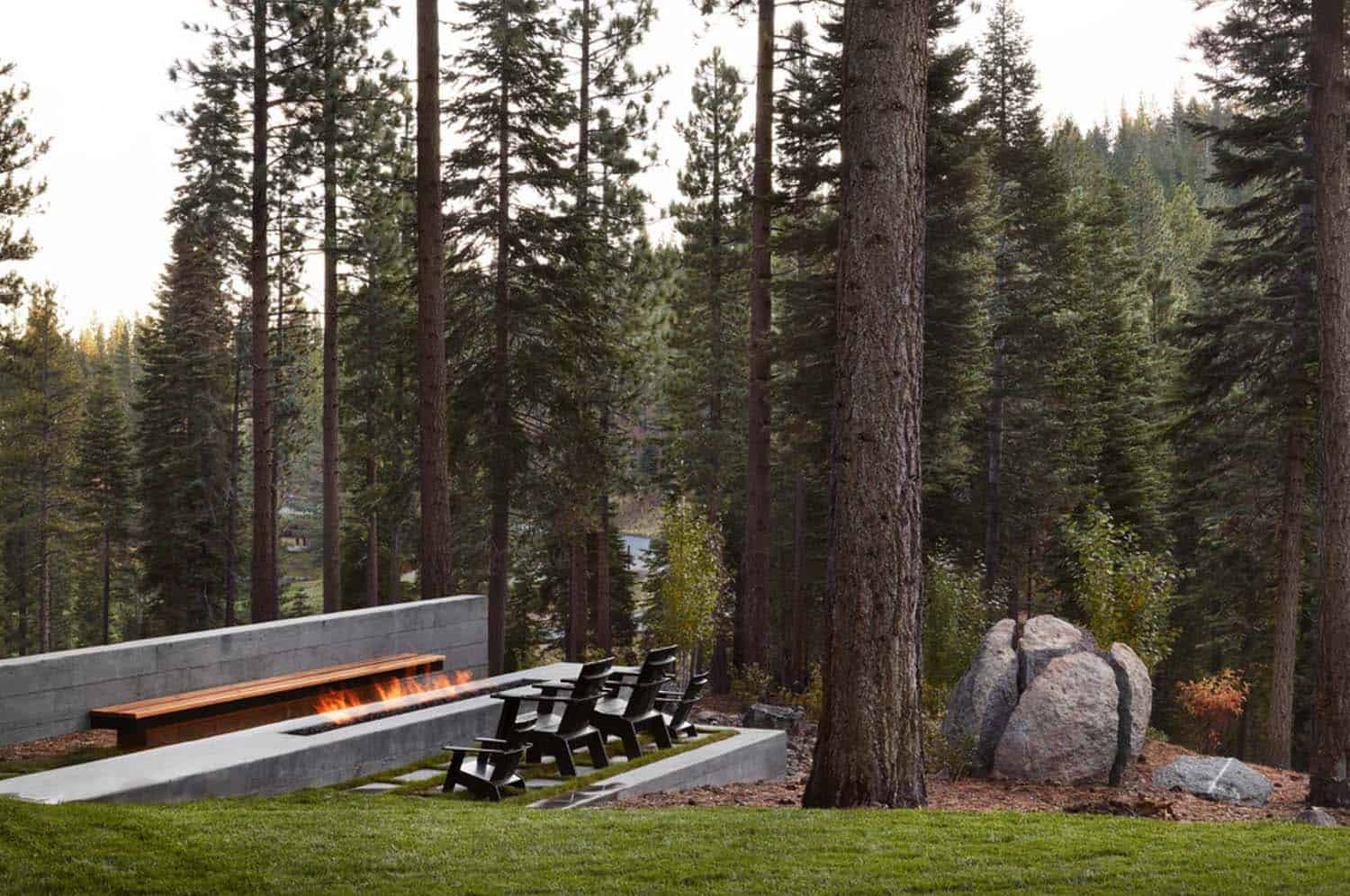 modern-outdoor-fire-pit