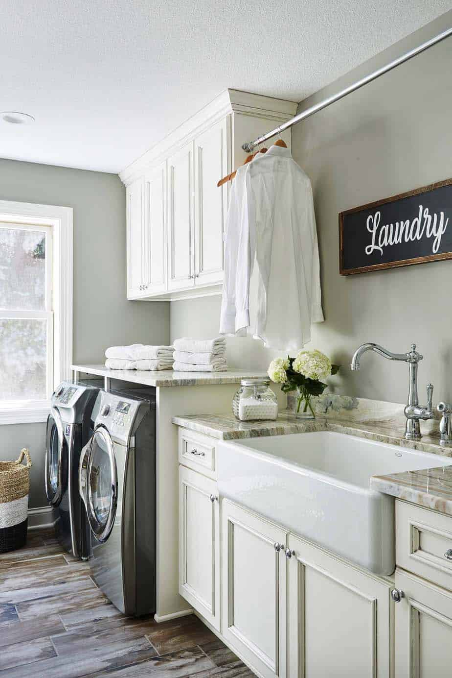 29 Functional And Stylish Laundry Room Design Ideas To Inspire