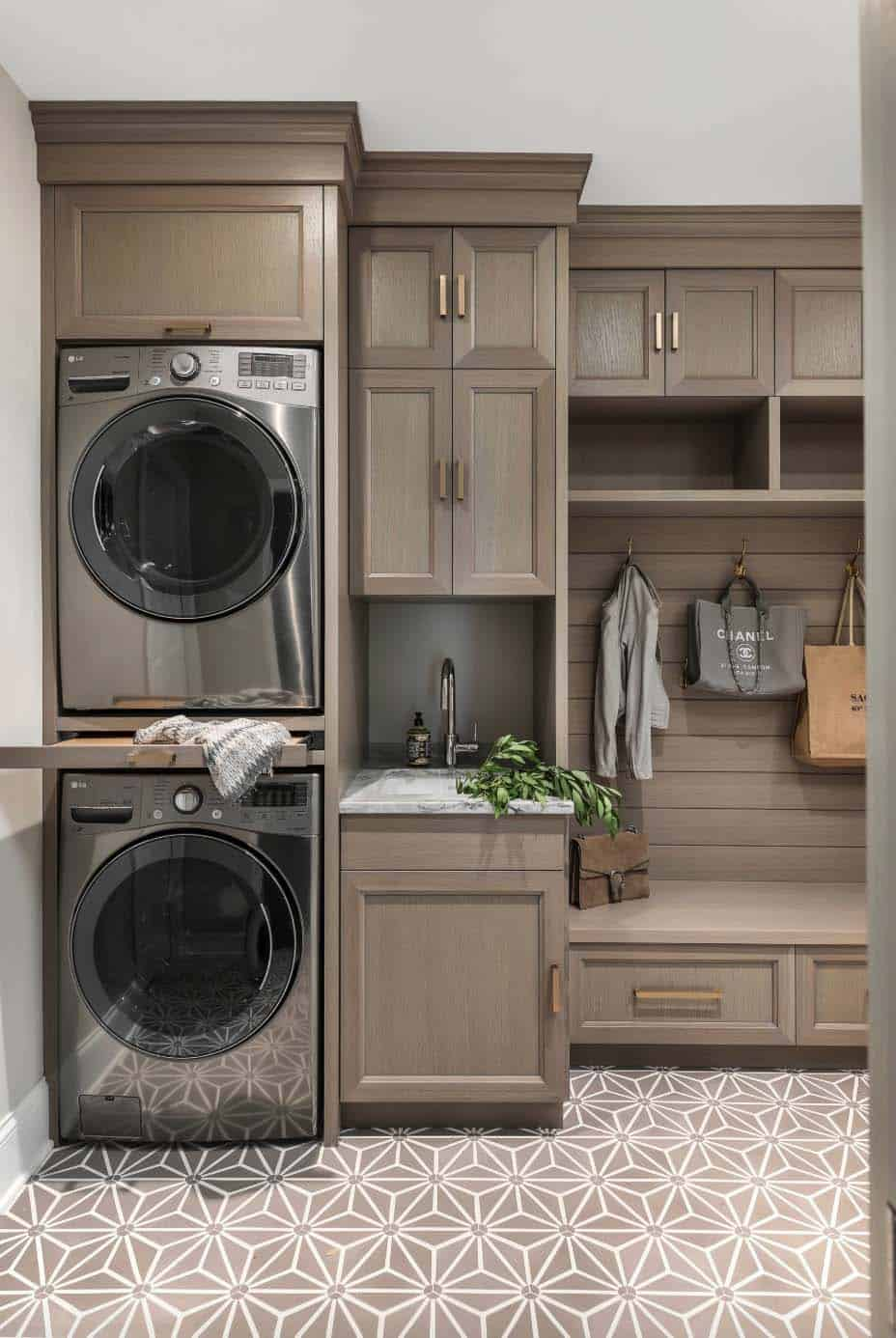 15 Functional And Stylish Laundry Room Design Ideas To Inspire