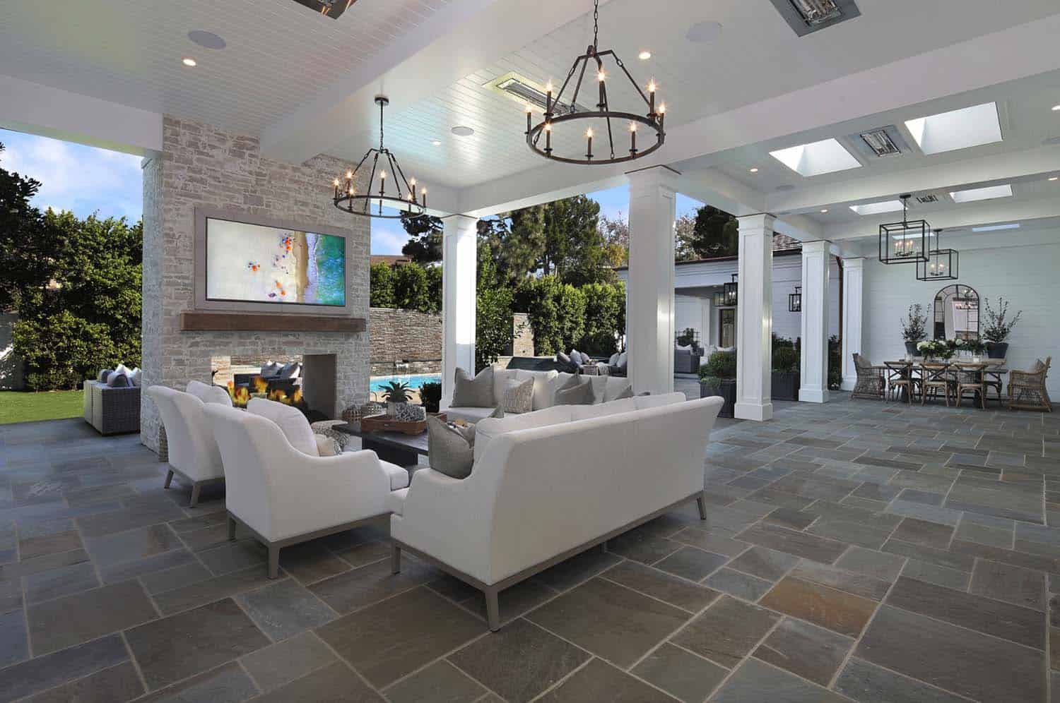 Luxury residence celebrates indoor-outdoor living in ... on Exclusive Outdoor Living id=87112