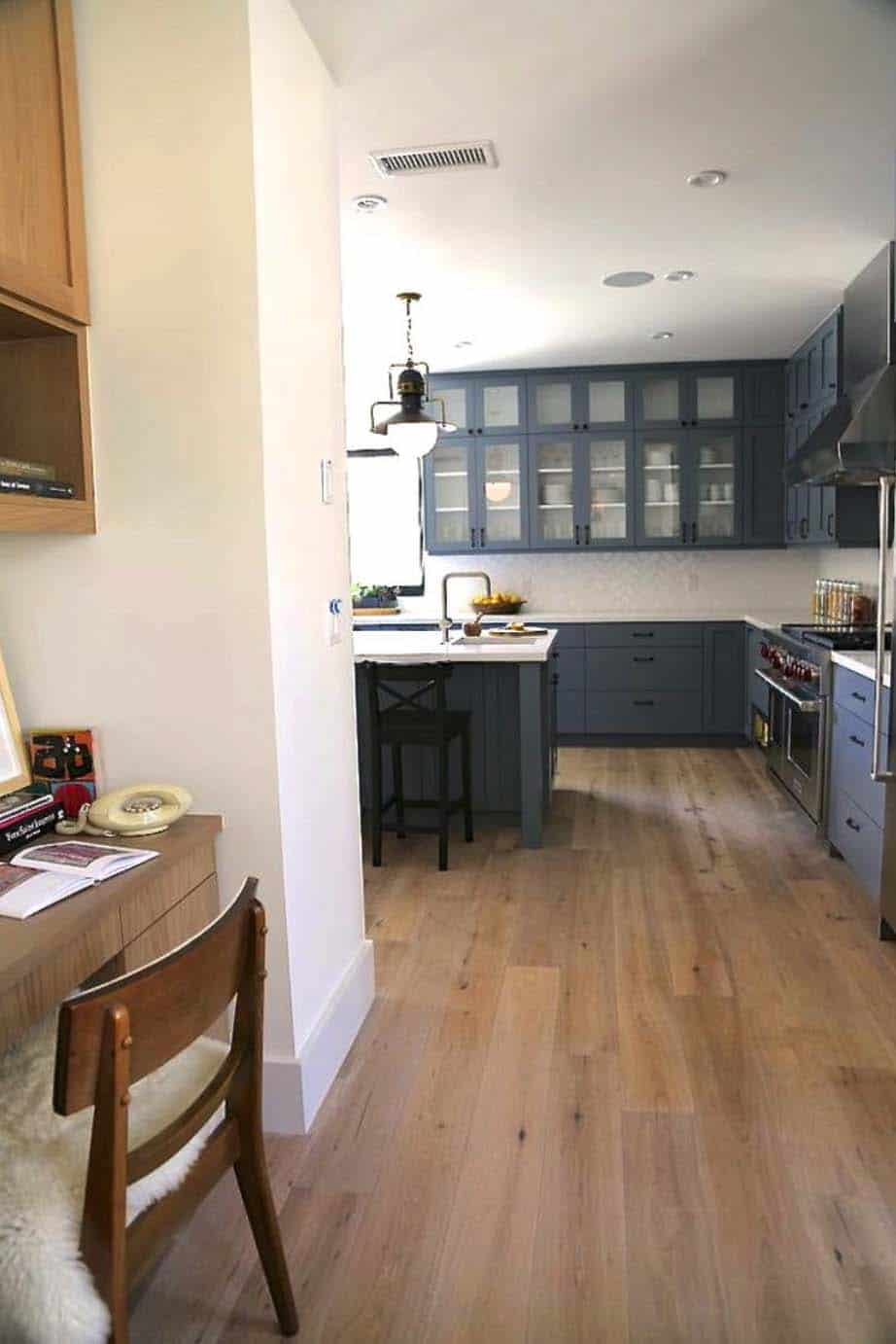transitional-home-kitchen