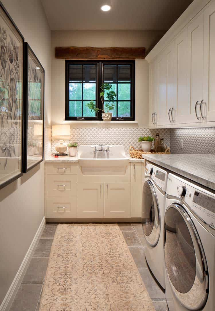 mountain-home-laundry-room
