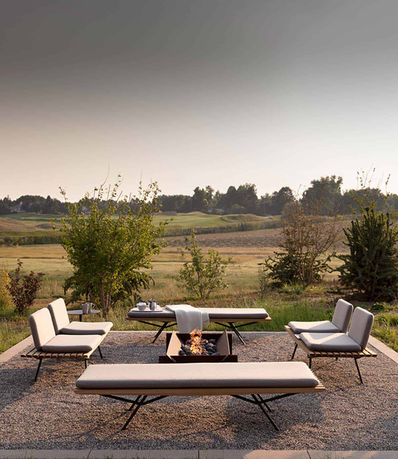 33 Fabulous Ideas For Creating Beautiful Outdoor Living Spaces on Beautiful Outdoor Living Spaces id=71104