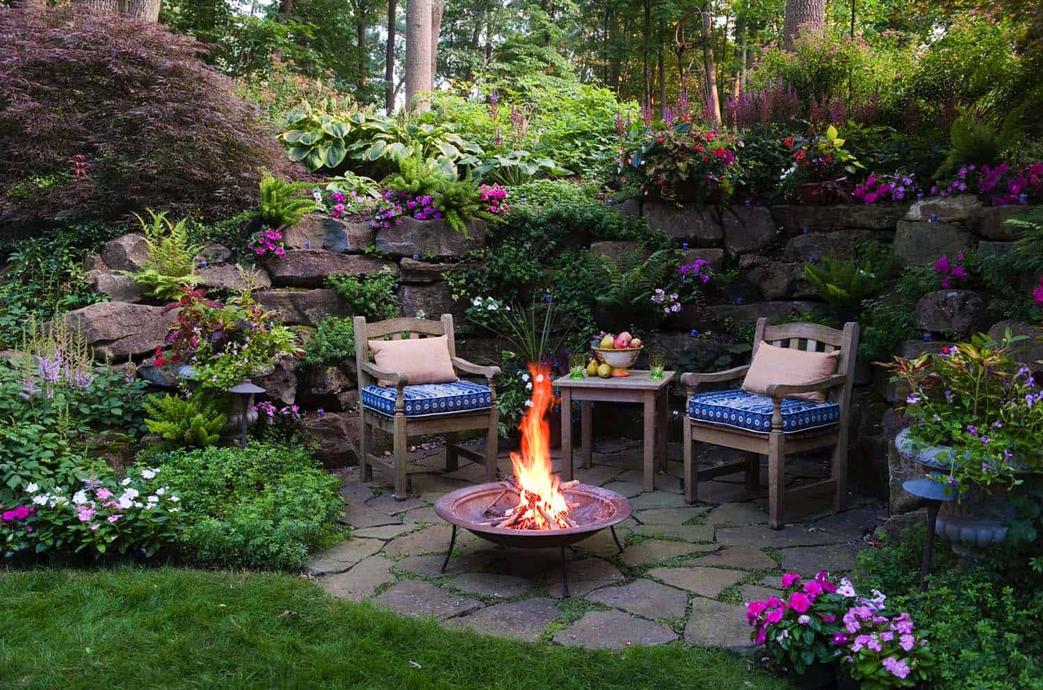 33 Fabulous Ideas For Creating Beautiful Outdoor Living Spaces on Beautiful Outdoor Living Spaces id=63337