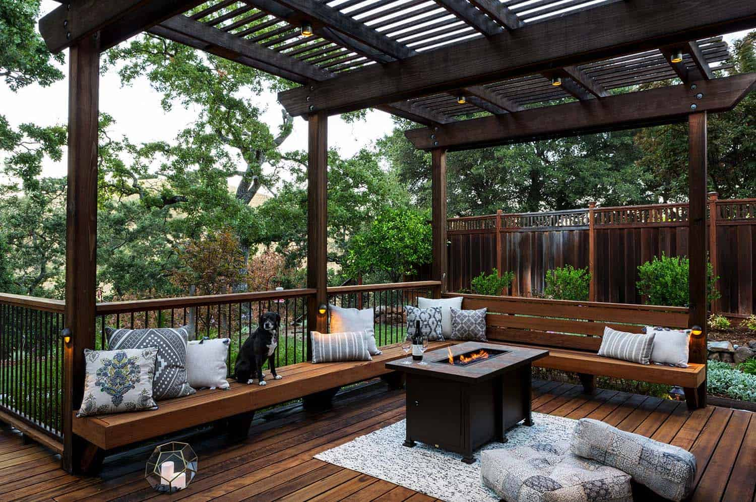 33 Fabulous Ideas For Creating Beautiful Outdoor Living Spaces on Backyard Outdoor Living Spaces id=87455