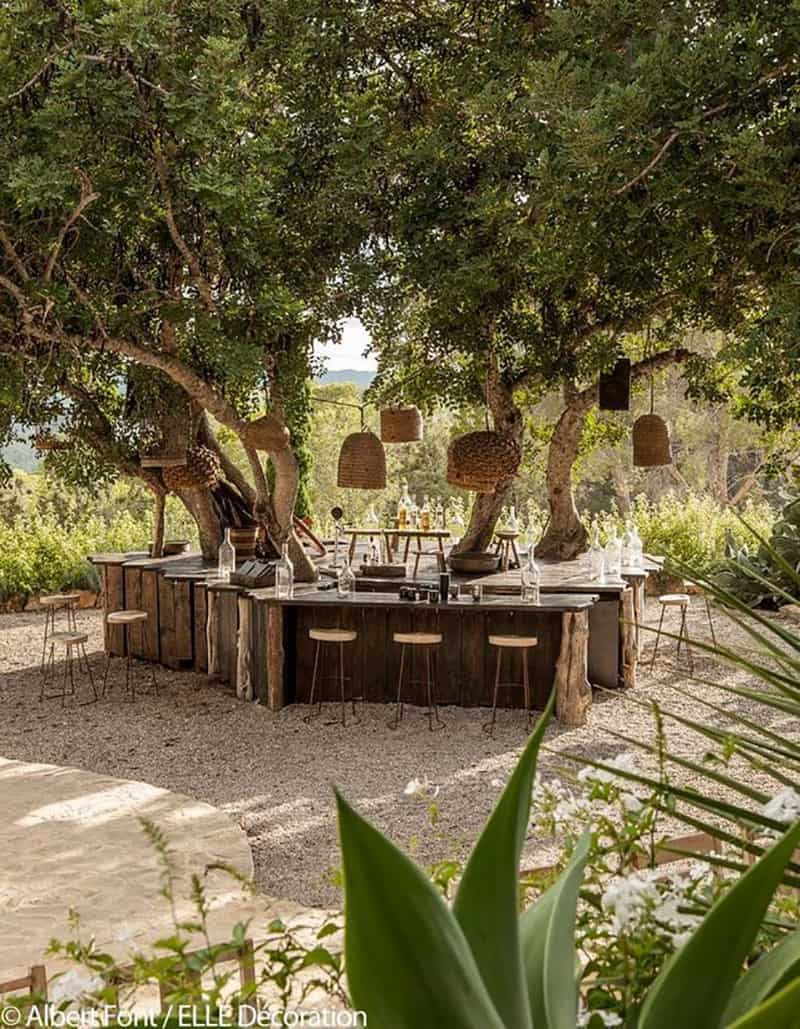 outdoor-kitchen-and-bar