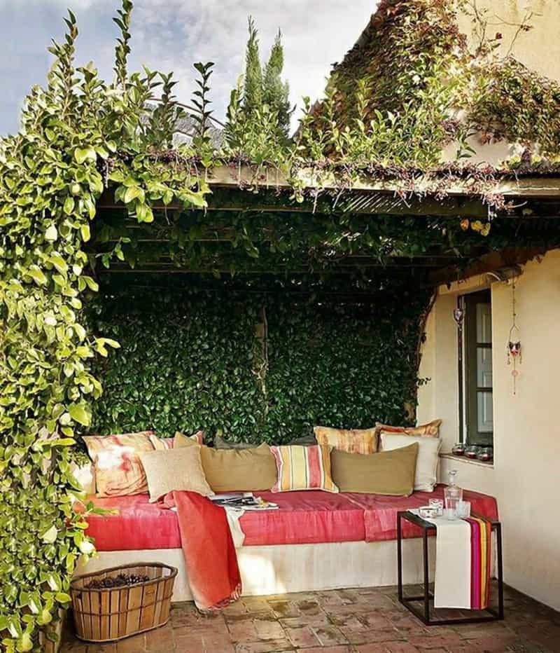 trellis-covered-outdoor-patio
