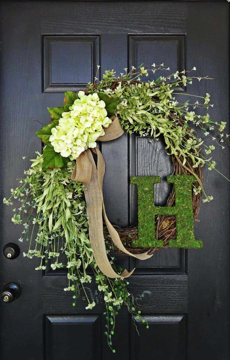 porch-decorating-wreath