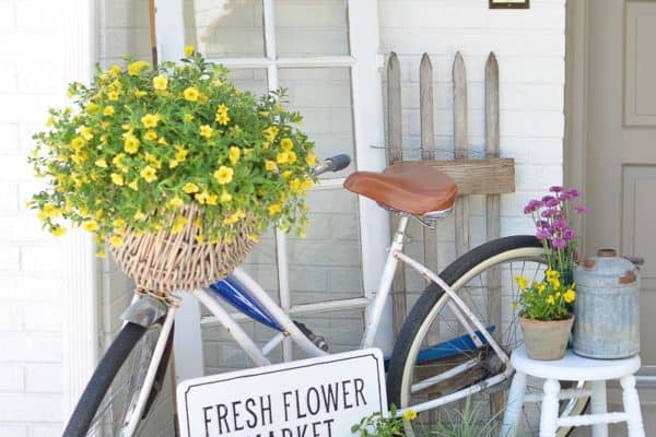 featured posts image for 30+ Inspiring Ideas To Freshen Up Your Front Porch For Spring