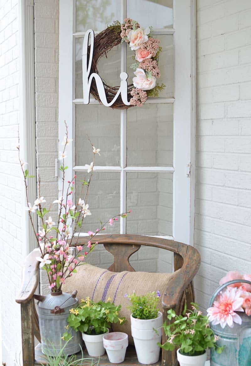 front-porch-decorating-diy-wreath