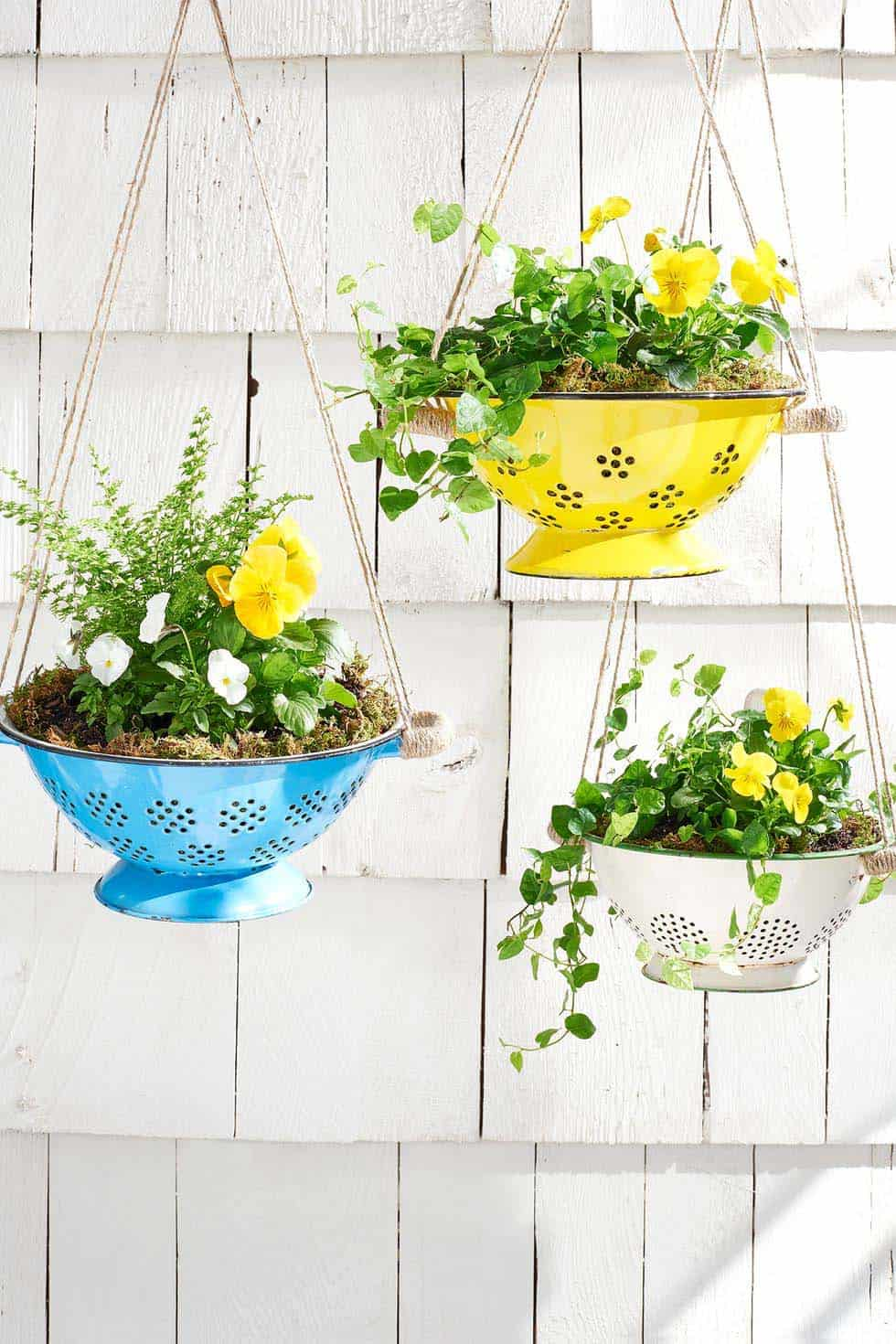 hanging-colander-planters-porch-decorating