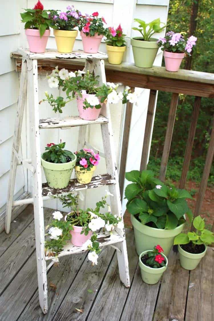front-porch-decorating-wood-ladder-plant-stand