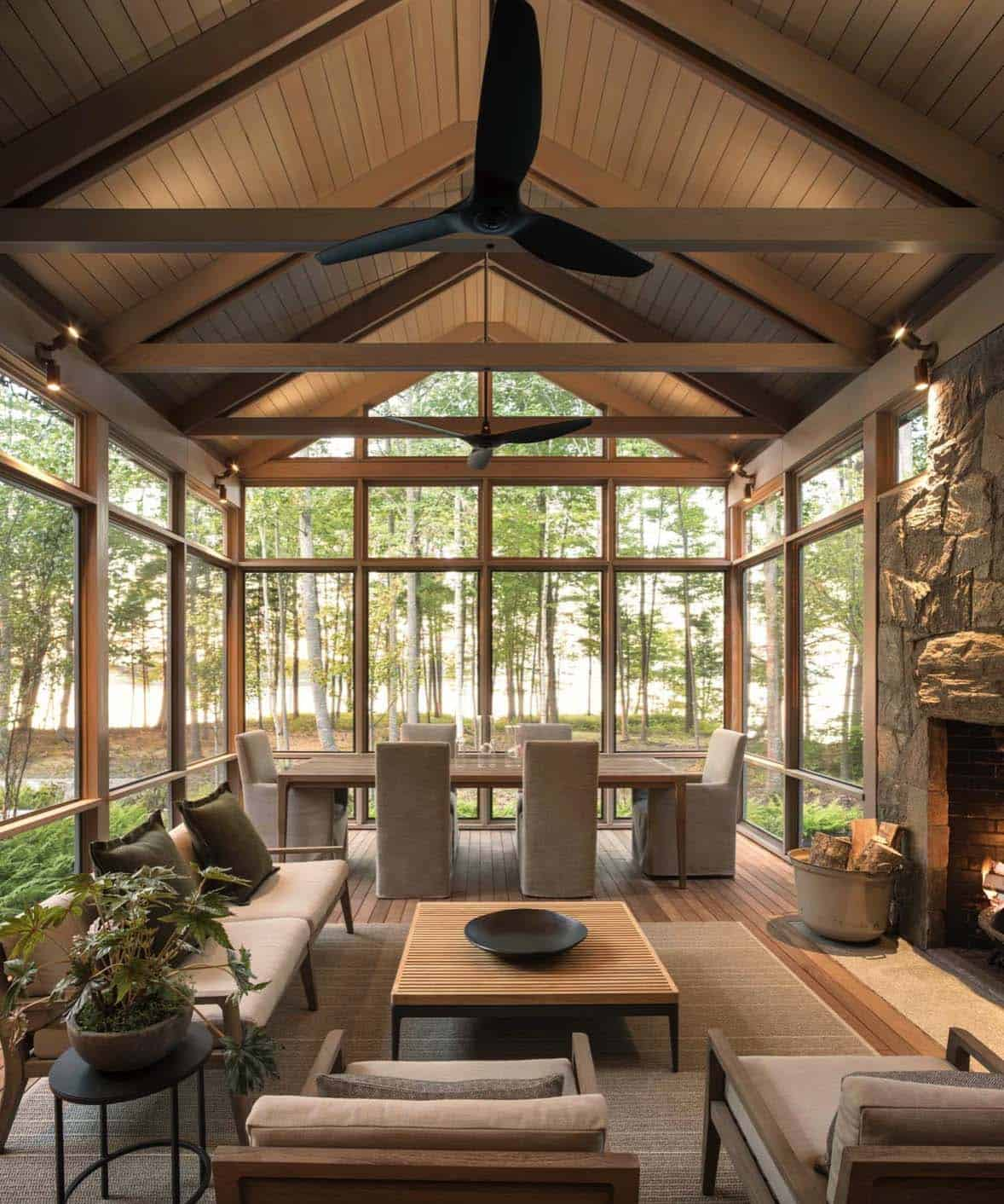 contemporary-screened-porch