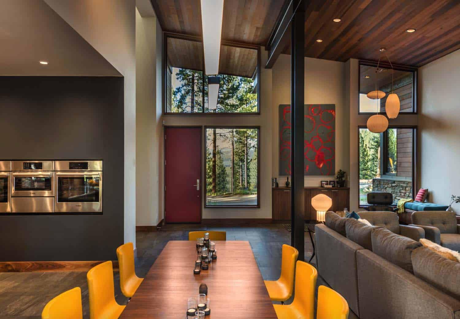 contemporary-home-dining-room