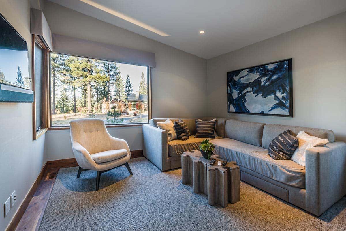 contemporary-home-family-room