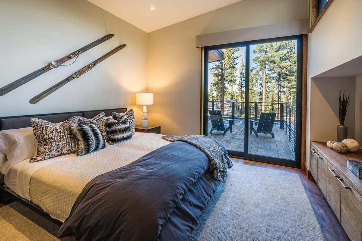 contemporary-home-bedroom