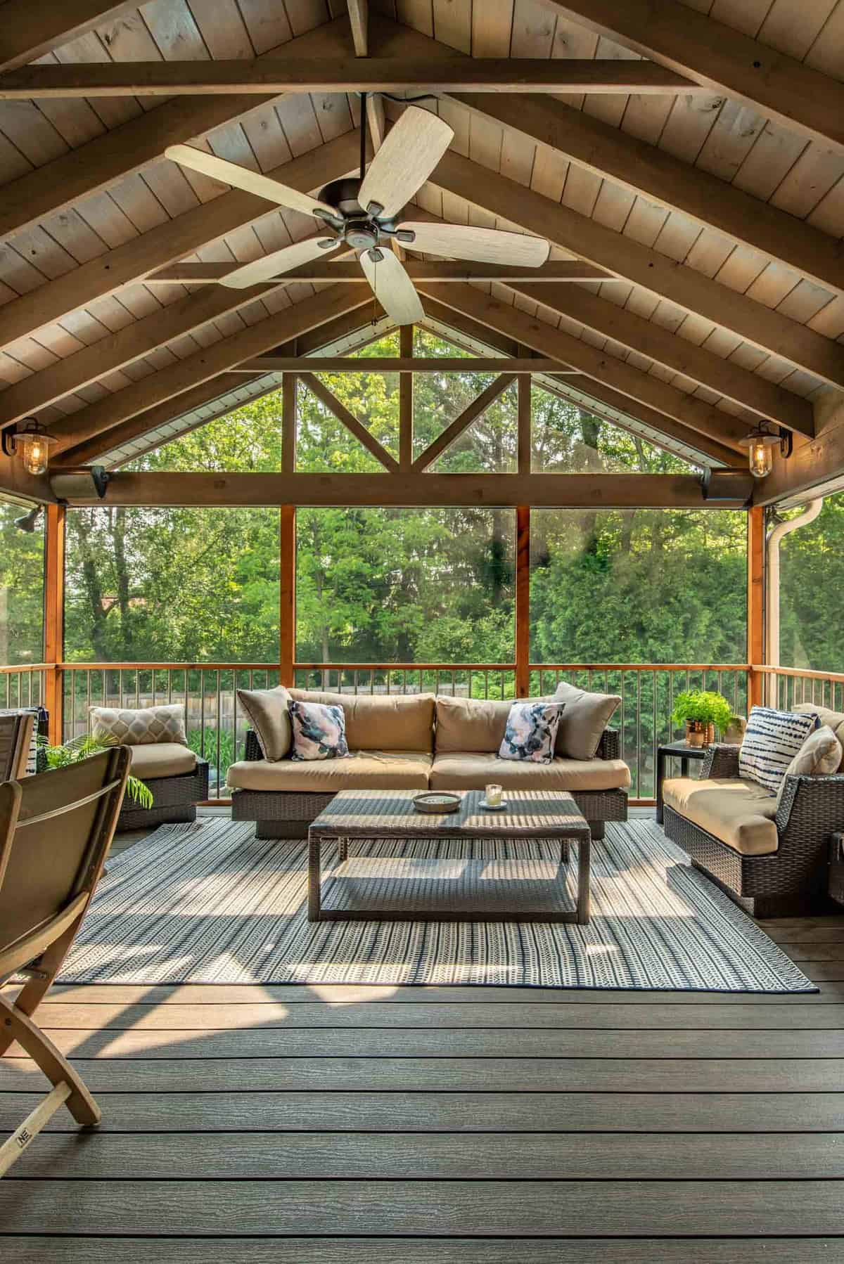 screened-in-porch-with-woodsy-view