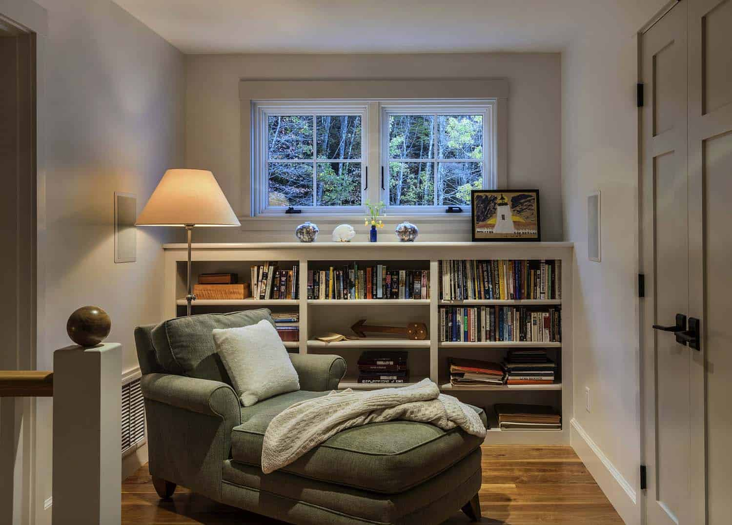 traditional-reading-nook