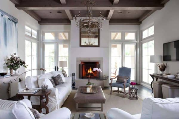 featured posts image for Gorgeous Spanish style home surrounded by woodland sanctuary in Texas