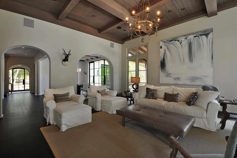 mediterranean-home-living-room