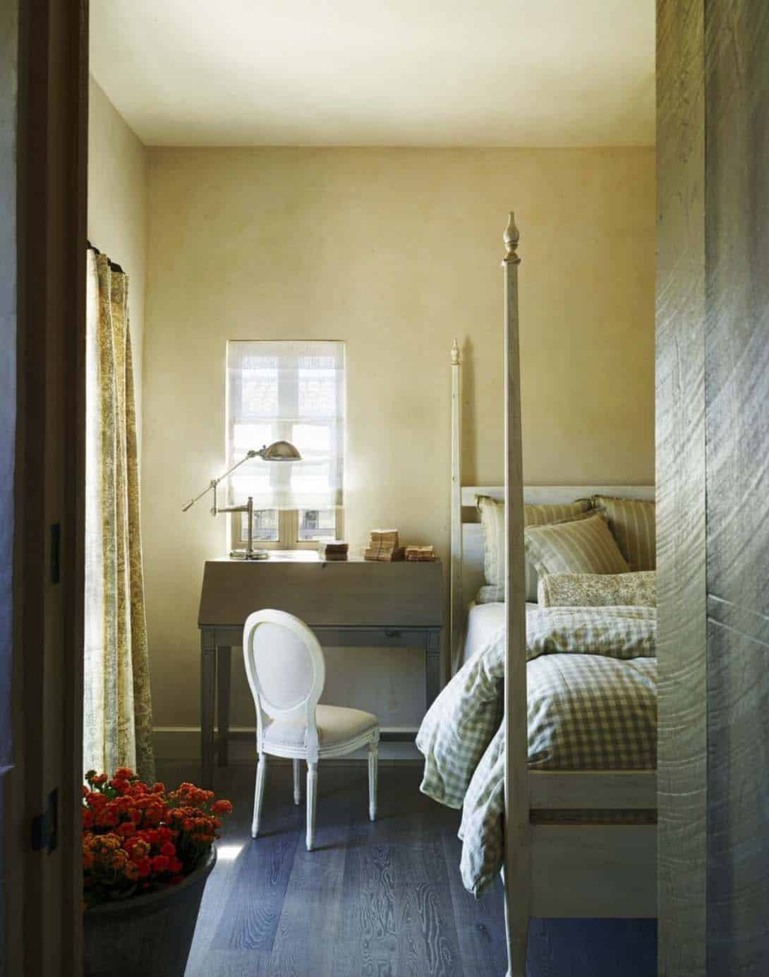 mediterranean-bedroom