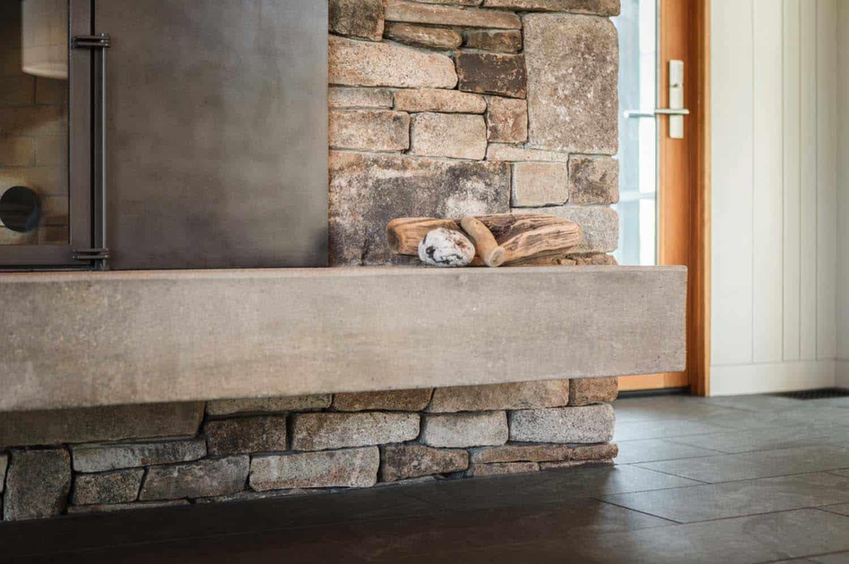 modernized-farmhouse-coastal-retreat-fireplace-detail