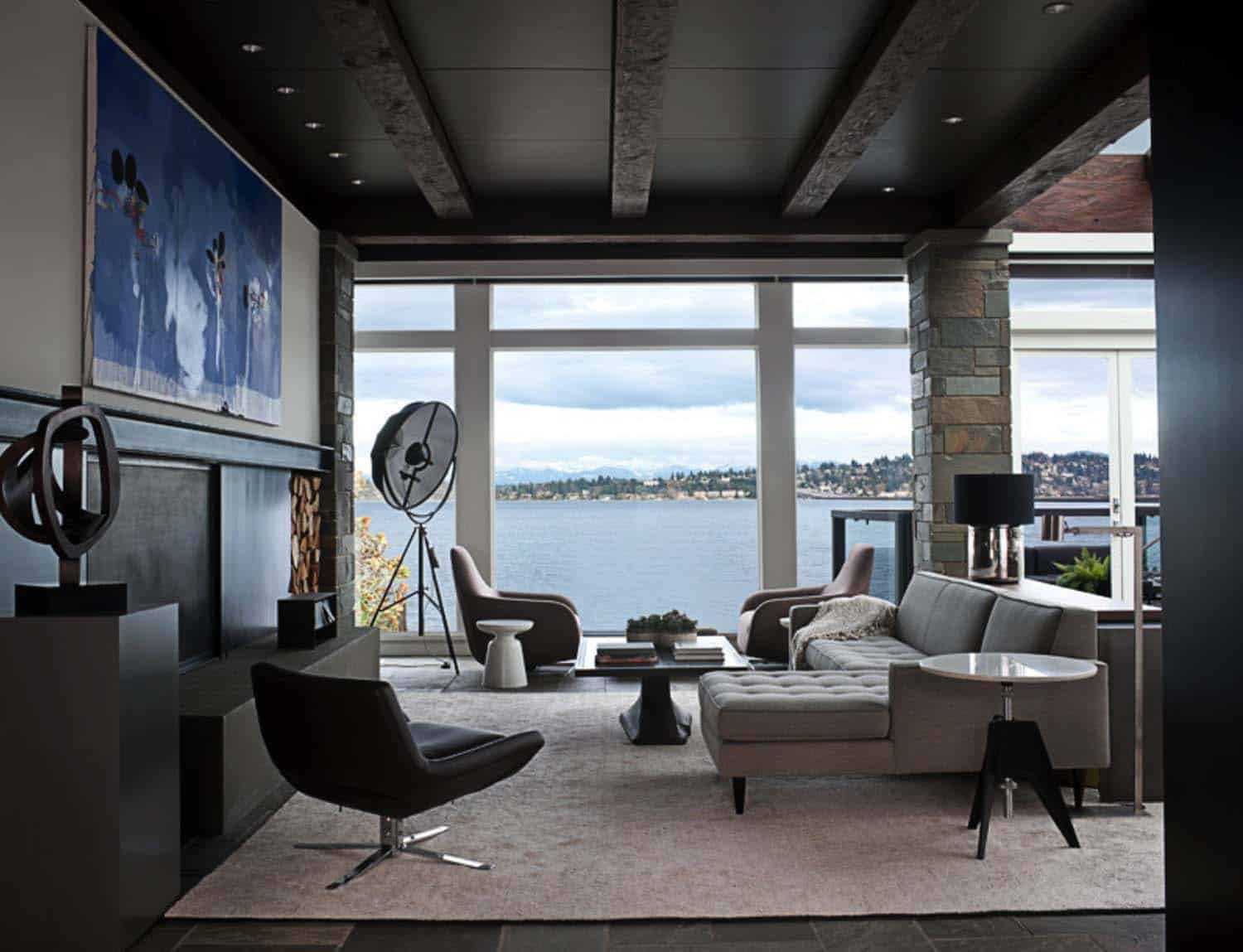 modern-house-living-room-lake-washington