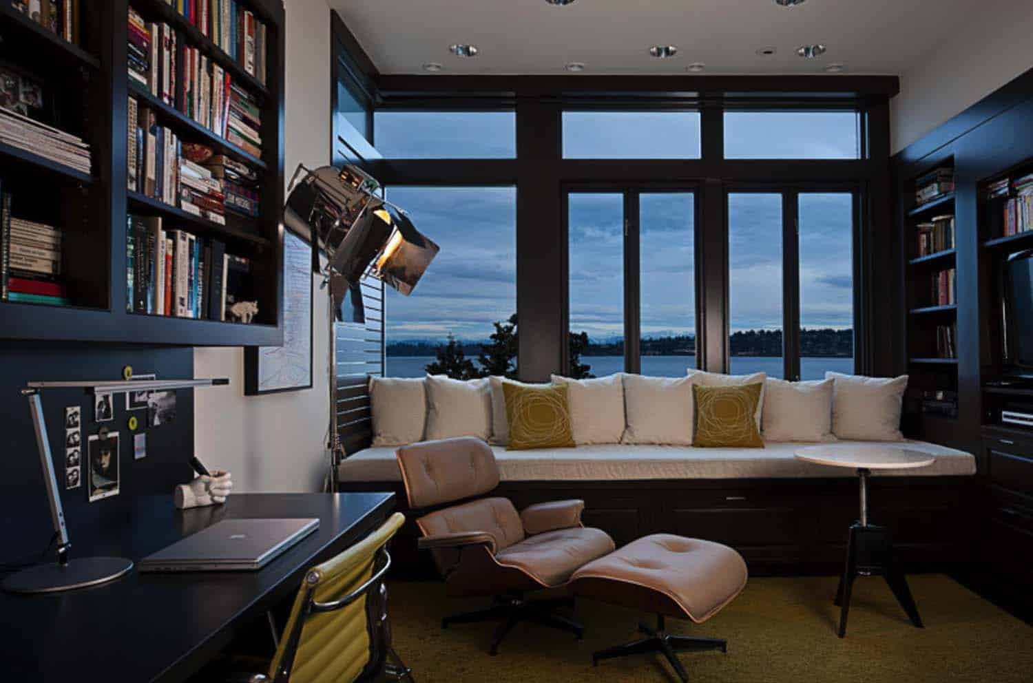 modern-home-office-lake-washington