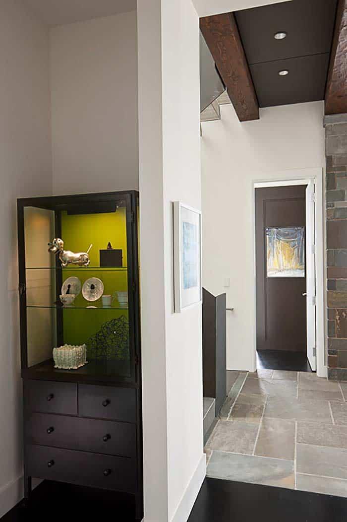 modern-house-hallway
