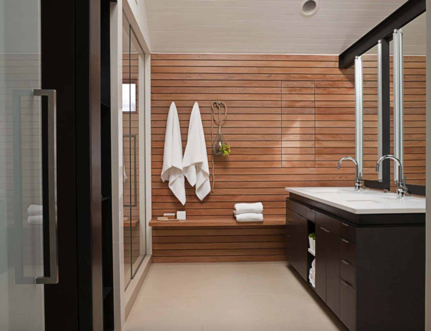 modern-house-bathroom