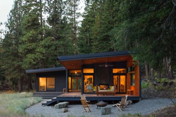 featured posts image for Compact woodsy cabin meets mid-century modern in Methow Valley