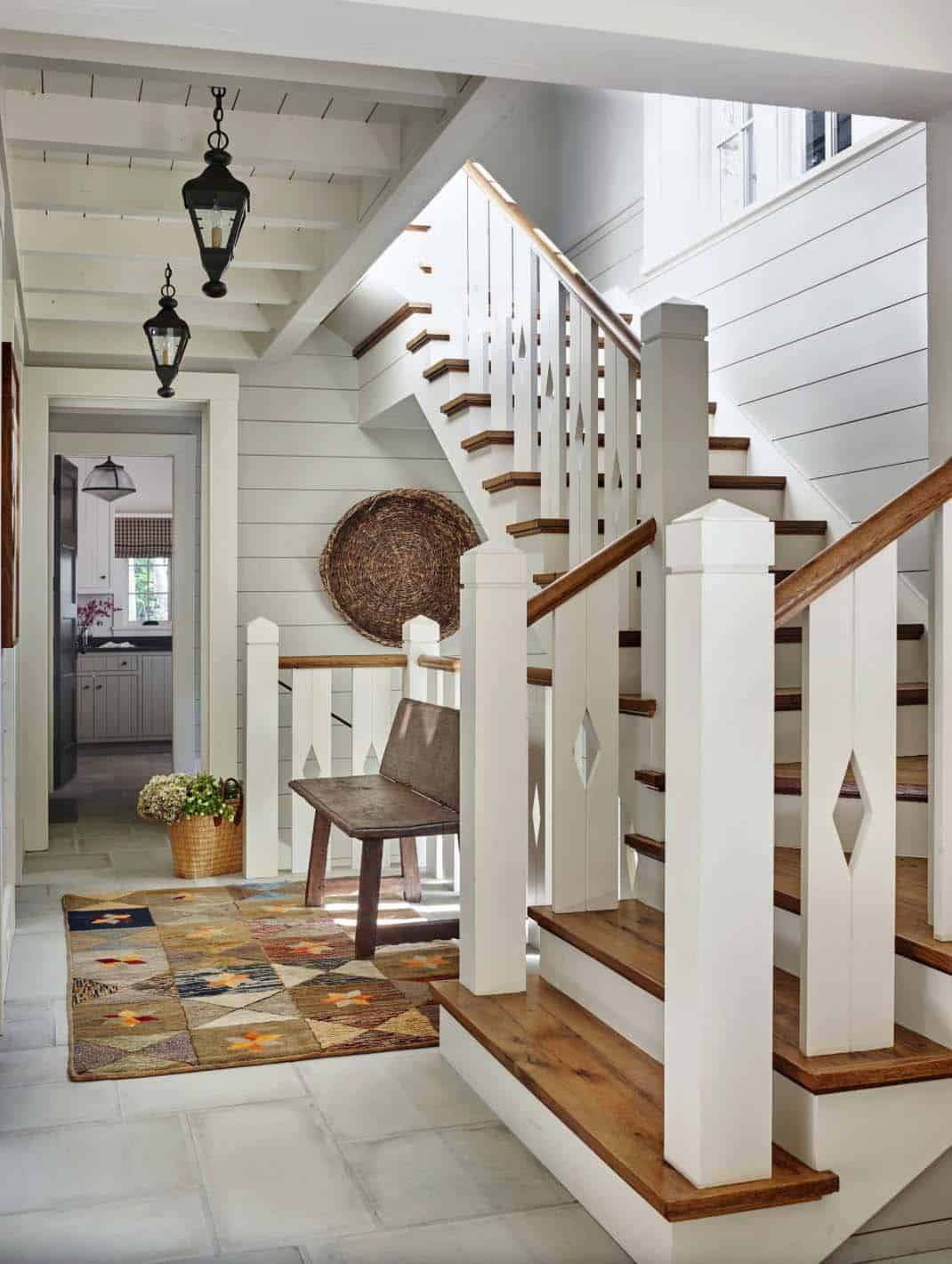rustic-lake-house-staircase